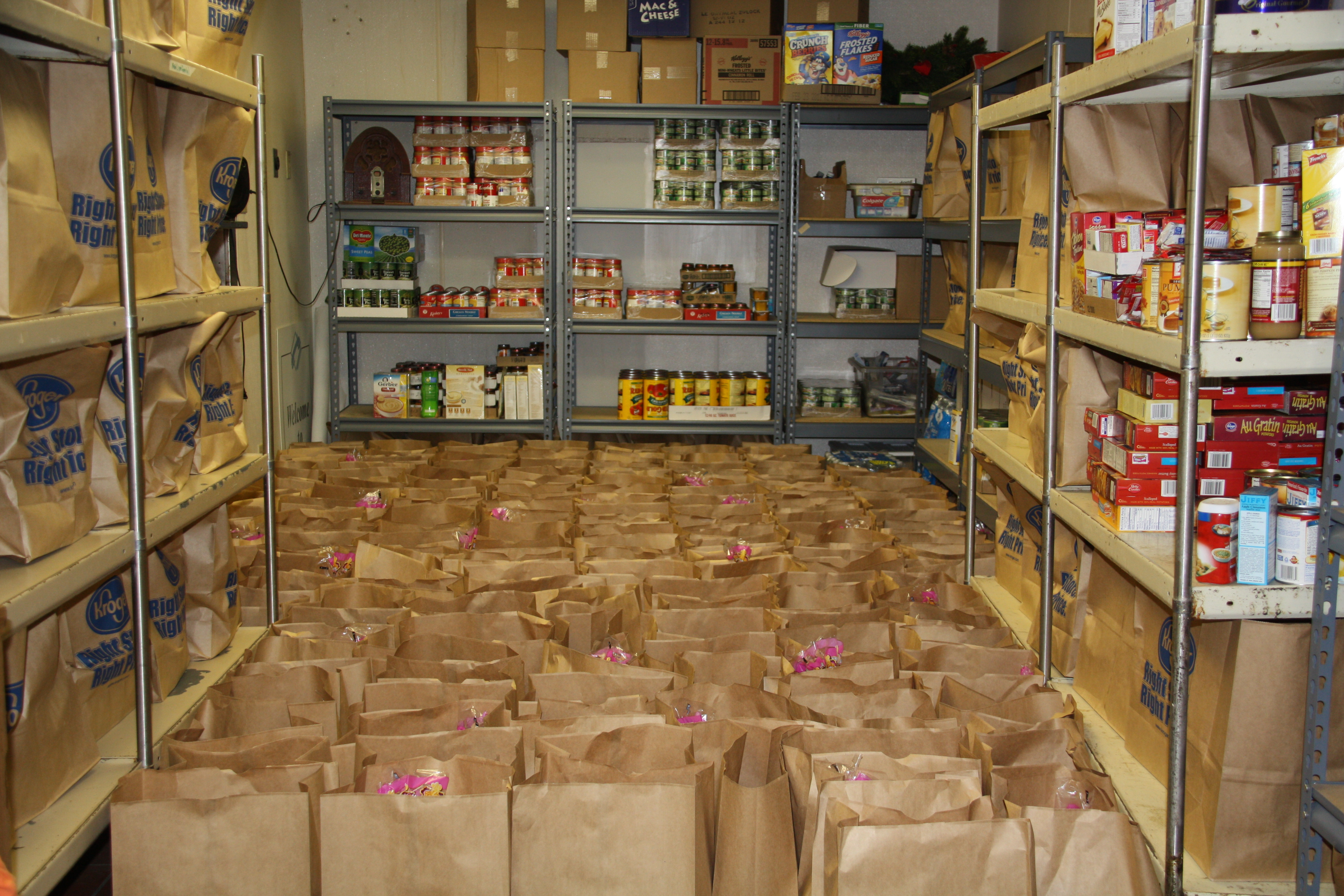 Awesome service by homeschool families at the fish food for Fish food pantry